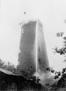 Fire at Green's Windmill in 1947